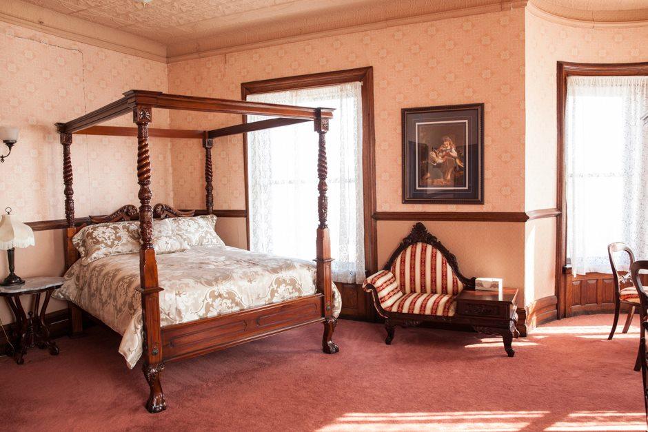 Bedroom Concord Exchange