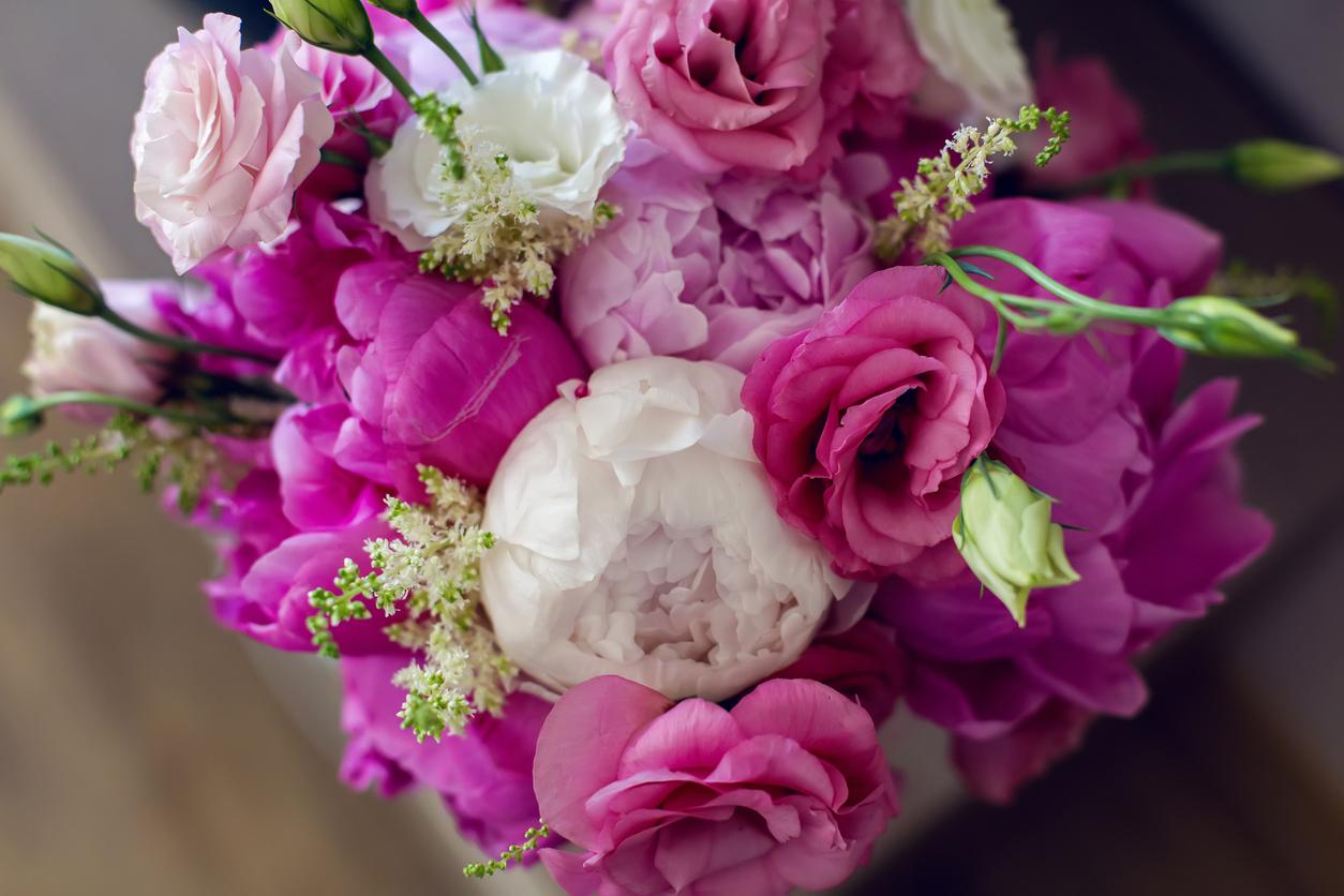 large wedding flowers purple