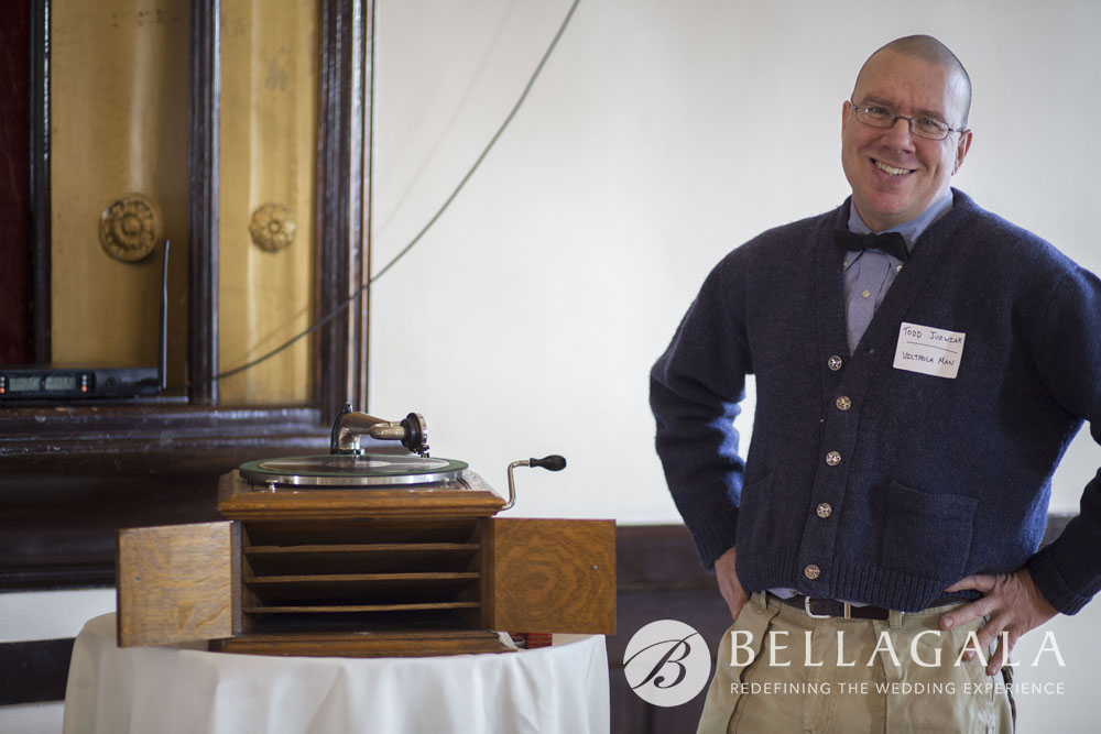 phonograph disc jockey victrola man