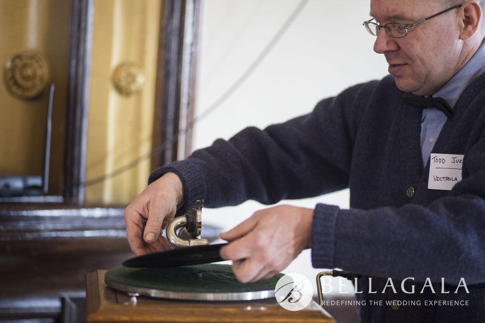 Victrola Man =Phonograph Disc Jockey